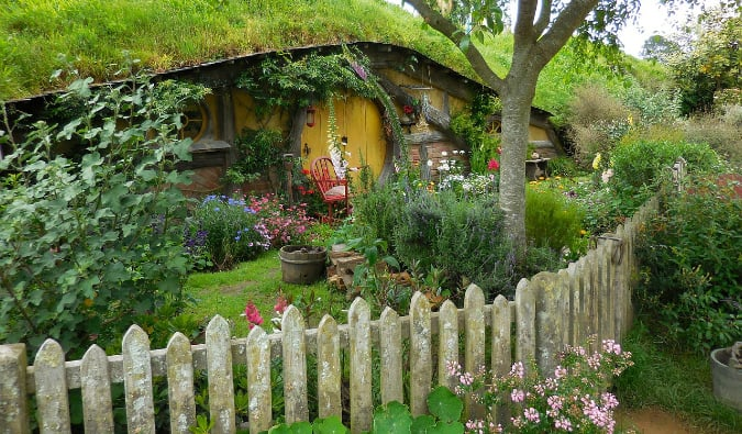 A Hobbit home in Hobbiton, New Zeland from the Lord of the Rings set