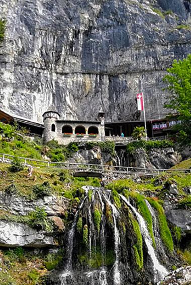 Exploring the St Beatus Caves in Interlaken