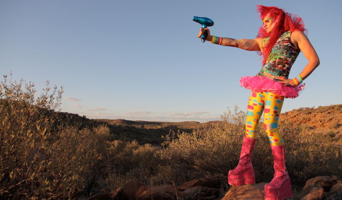Character in drop clothes in the Australian desert in the film: Priscilla, queen of the desert