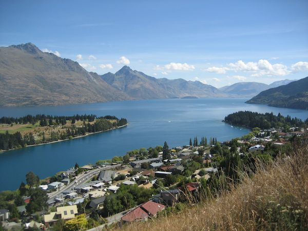 Picturesque view of the adventure city of NZ: Queenstown