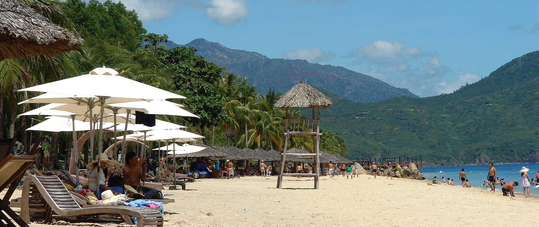 beach scene in Ha Trang