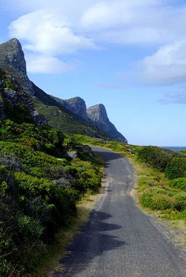 the road along the garden route in South Africa