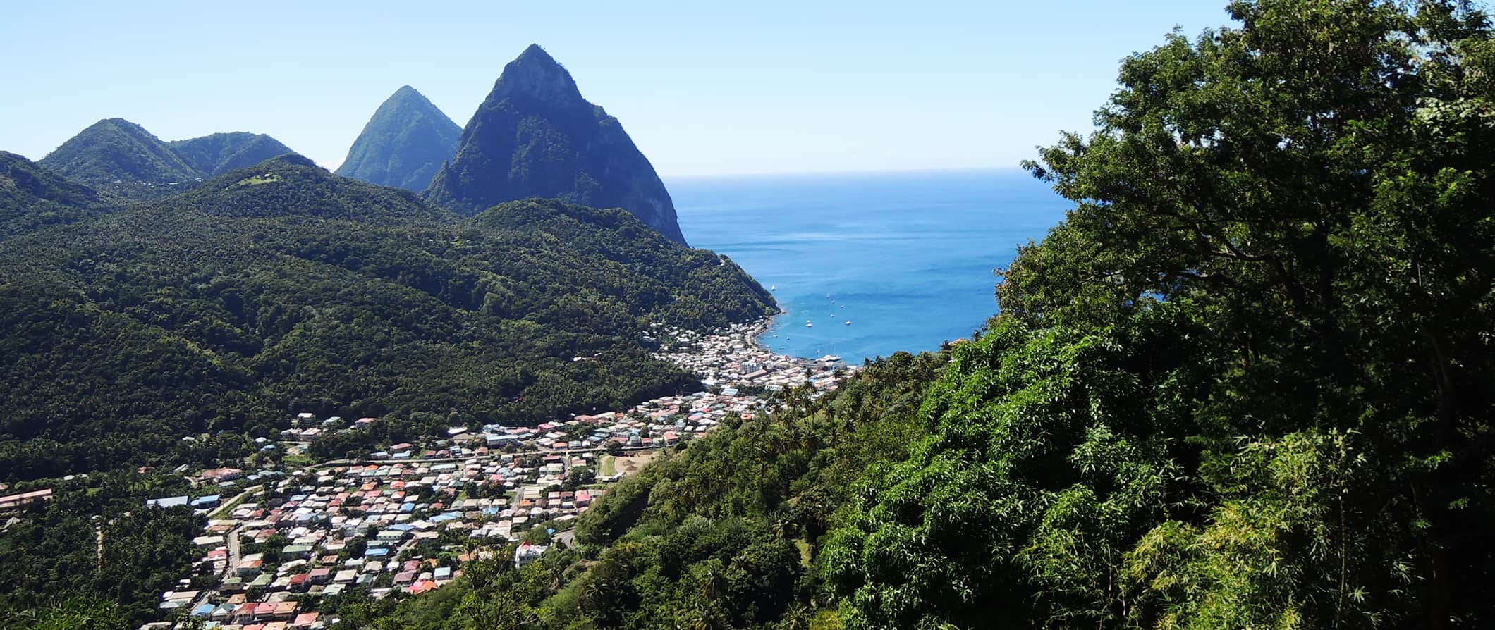 the Teton mountains around Saint Lucia