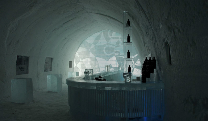 The icy bar in the alternative Jukkasjärvi accommodation in Europe