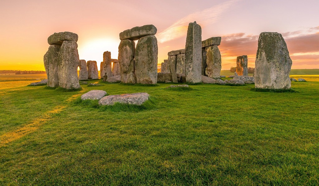 Stonehenge in Salisbury, England, Megalithic, 3,000 years old, rock statues, audio tours, ancient mysteries