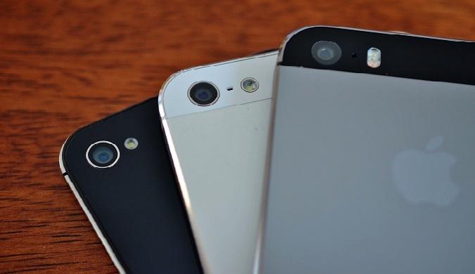 Tres tipos de iPhones de Apple buenos para los viajeros.