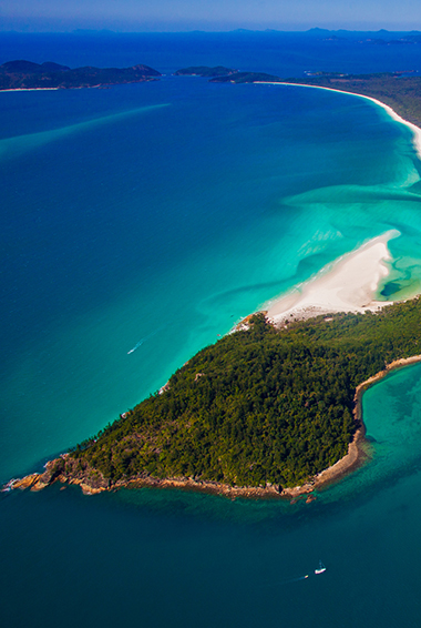 Whitsunday Islands Travel Guide for 2019: SEE, DO, STAY, & SAVE!